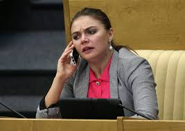 Видео: Только что! Стала мамой — радостная новость: в семье Алины Кабаевой пополнение. Вот так сюрприз